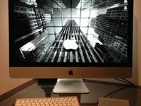 iMac - 27 inch, Mid 2011 LIKE NEW CONDITION - no
