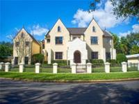 An exquisite luxury manor on Davis Island with