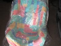 I have 2 infant car seats avaiable. If you'd like both