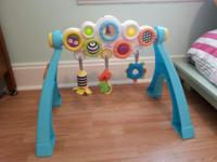 Great little activity gym for all stages. By popping