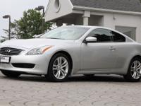 2010 Infiniti G37 x Coupe AWD    *Liquid Platinum