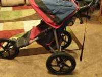 InStep brand jogging stroller, like new shape. Call  or