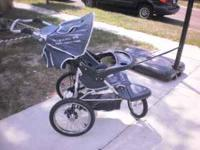 GREAT LIGHTWEIGHT JOGGING STROLLER....WILL HOLD UP TO