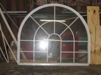 Insulated round top window. Fits on top of 3' door with