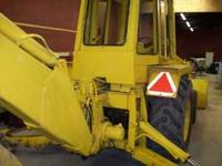 international backhoe 4cylinder 268 diesel with full