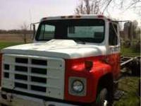1989 s1600 international truck V8 diesel5speed 146000