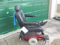 Invacare Pronto M51..like new...brand new cost