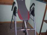 Inversion Therapy Table, adjustable for people 4'7""