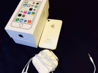 iPhone 4S 16gb AT&T -with headphones box and charger