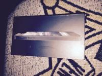 iPhone 5 64gb unlocked in black. Fantastic condition,