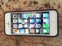 LIKE NEW IPHONE 5 16GB SPRINT; BARELY USED. MINT