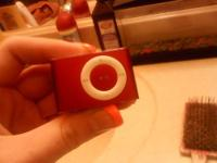 ipod second gen shuffle Limited edition prouduct red