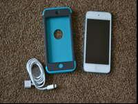 Blue ipod touch 5th gen 32GB with strong protective
