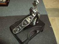 Very good condition Iron Cobra single bass drum pedal.