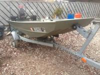2004 Crestliner - 12ft. flat bottom boat 9.8 HP Mercury