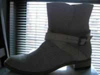 These gorgeous boots were purchased in Italy for