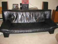 Nice Italian Sofa and Loveseat in Black Leather! We