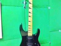 Like new Black Jackson w/ seymour duncan pkups & Floyd