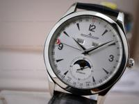 This is a stainless steel Jaeger LeCoultre Master