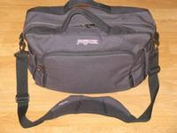 "Jansport Laptop Messenger Bag NEW 15"" x 11"" x 5"" Padded"