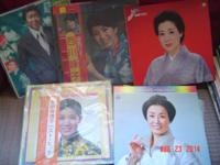 five japanese vinyl lps 33-1/3, four women and one man,
