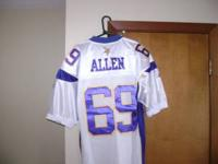 SELLING MY VIKINGS JERSEY # 69 JARED ALLEN FOR $ 100