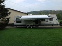 A 2010 Jayco travel trailer like new and very well