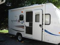 This 2007 Jayco has everything you need for a short or