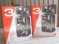 "I am rehoming my (NEVER BEEN USED) JBL LSR308 8"" Active"