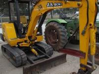Year: 2005 20.7 HP Engine Model: 403-15 Operating
