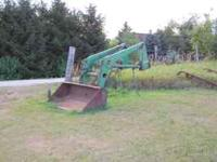 John Deere 148 Loader Nice Shape, No welds. It has a