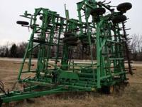 FOR SALE: JD 985 FIELD CULTIVATOR, 53 1/2 FT, very nice