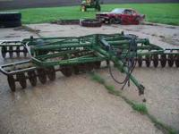 jd f145h 4 bottom plow &aw jd disk 600$ for the pair