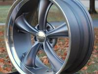 This is for ONE (1) new Boss 338 GRAY 18x8 wheel -