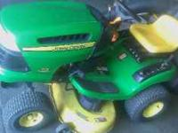 John Deere 115 Lawn Tractor w/bagging unit and cover