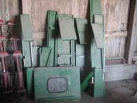 Corn catcher for corn head $75., chopper for 6620 or