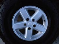 Hi I have 5 jeep alloy factory wheels 16x7 5x5 bolt