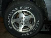 1998 Jeep Grand Cherokee Wheels Set of 4 Tires and