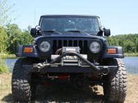 JEEP RUBICON Hard top,2.5 Rancho lift,almost new 33inch
