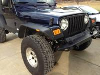 2006 wrangler unlimited 61,000 miles, 6 speed manual,