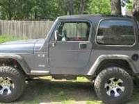 2002 Jeep Wrangler X Series, 5 spd, 4X4, new hardtop,