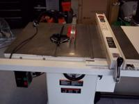 Cabinet saw with Beismeyer fence, router table and