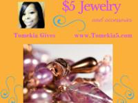 Necklacesets, bracelets, rings, earrings and hair