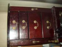 I have a beautifull jewelry cabinet for sale. the top