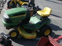 "JOHN DEERE 102 RIDING MOWER 5SPEED-42"" CUT 17HP BRIGGS"