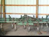 John Deere, 12 foot, field cultivator: 3 point hitch