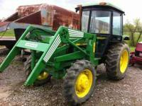 2350 John Deere Cab 4x4 loader w bucket and hay spear