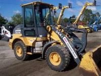 2006 John Deere 244J Articulating loader with enclosed