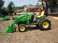 New John Deere 2520 Compact utility Tractor with 200CX