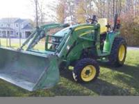 2007 John Deere 3520 Power Shuttle 4x4 w/ loader, 500